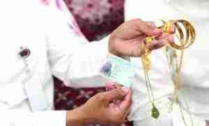 Honest Egyptian Pilgrim Returns Bag And Jewelry Belonging To Nigerian Woman In Saudi Arabia (Photos)